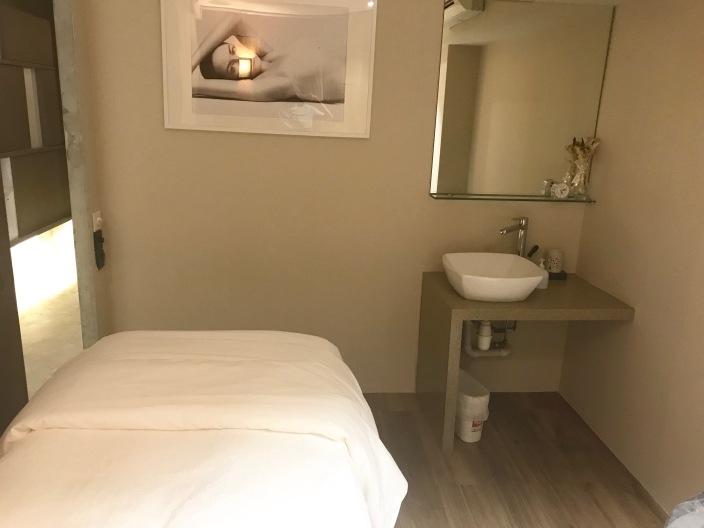 Sothys preimum salon boat quay - room