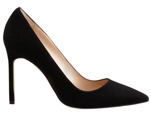 Manolo black pumps