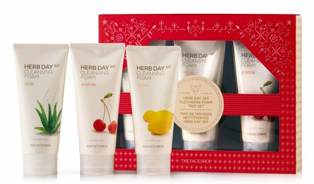 herb-day-cleansing-foam-trio-set-19.jpg
